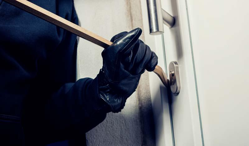 Evitar robos vivienda verano?